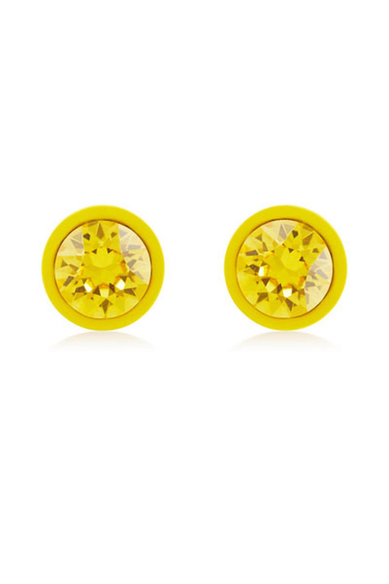 اللون الأصفر لطلة تعكس إشراقتك في النهار  832716