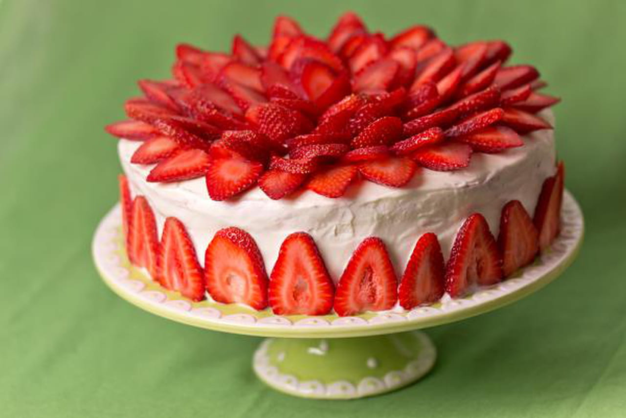 Strawberry Cake Recipe Without Frosting