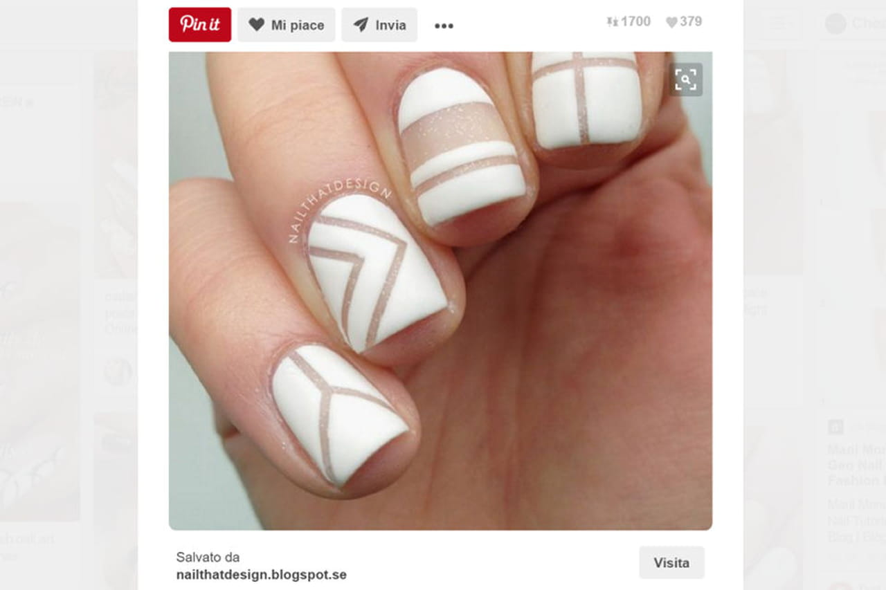 Unghie bianche decorate