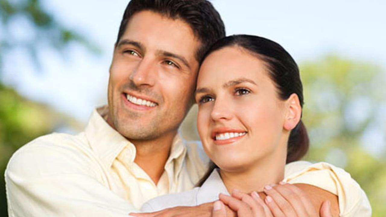 10 صفات رائعة في المرأة يحبها الرجل في المرأة المستقلة المبدعة 3