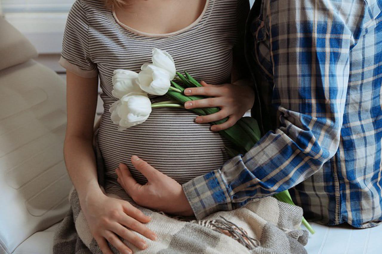 195a7406e 10 أضرار قد تحدث للمرأة الحامل أثناء العلاقة الحميمية