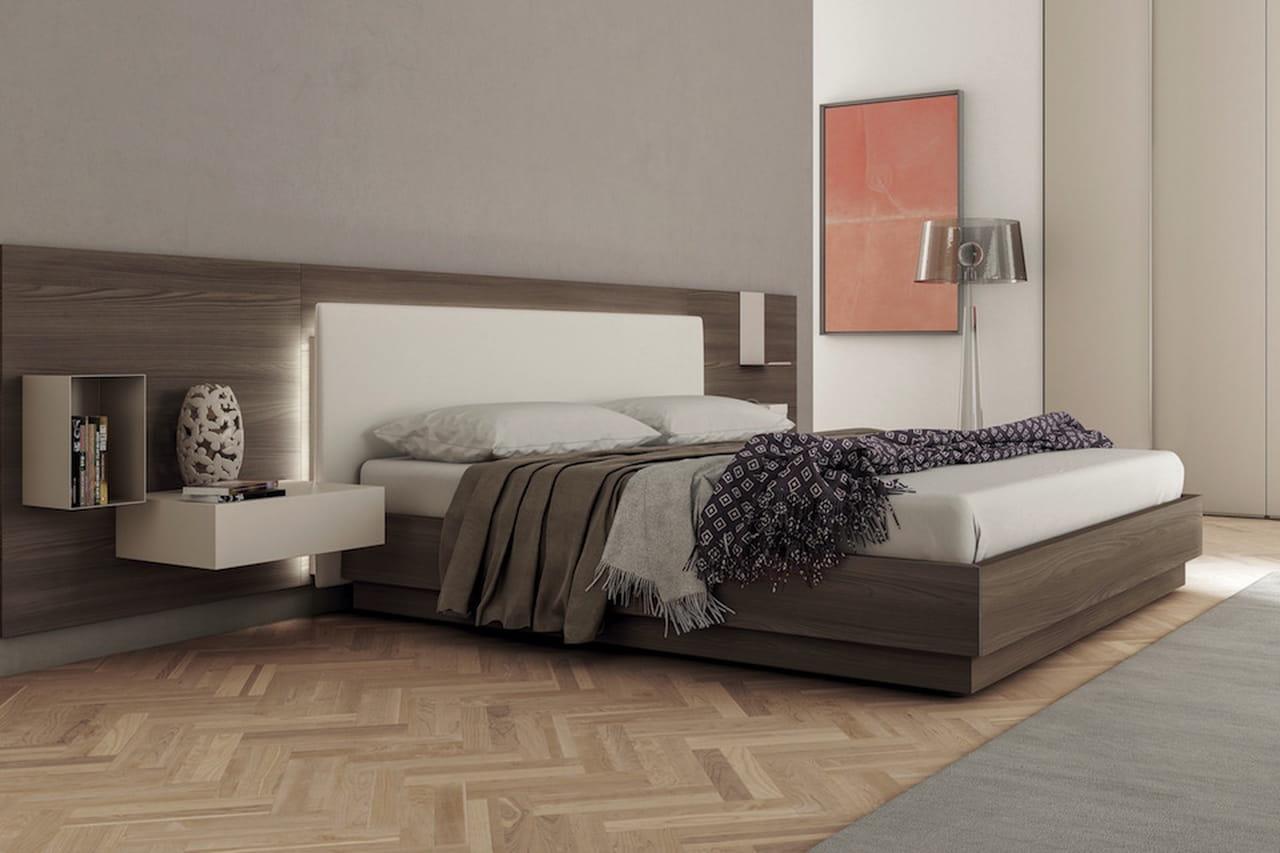 Idee casa colpi di fulmine design per arredare con stile for Testiera letto mercatone uno