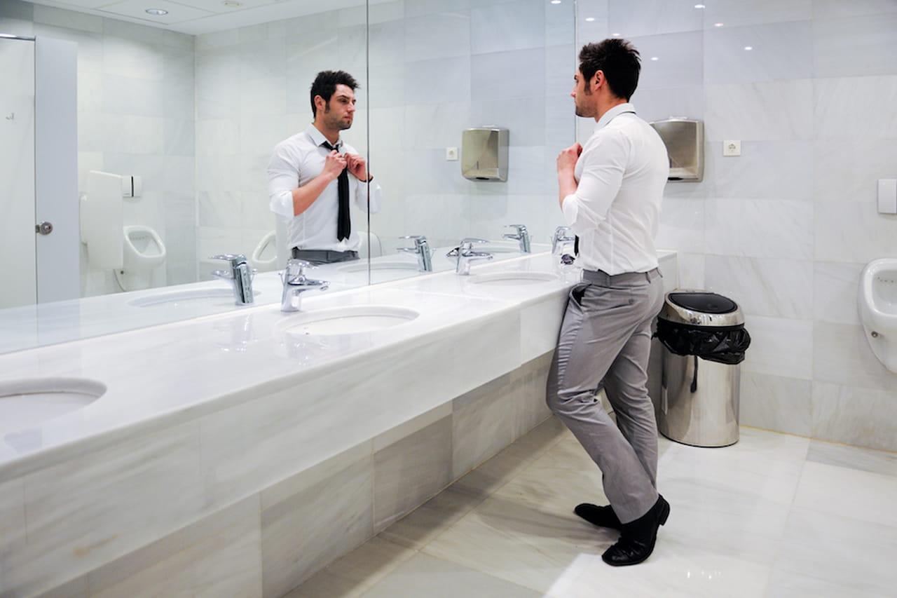 Igiene in bagno gli uomini battono le donne - Donne scopate in bagno ...