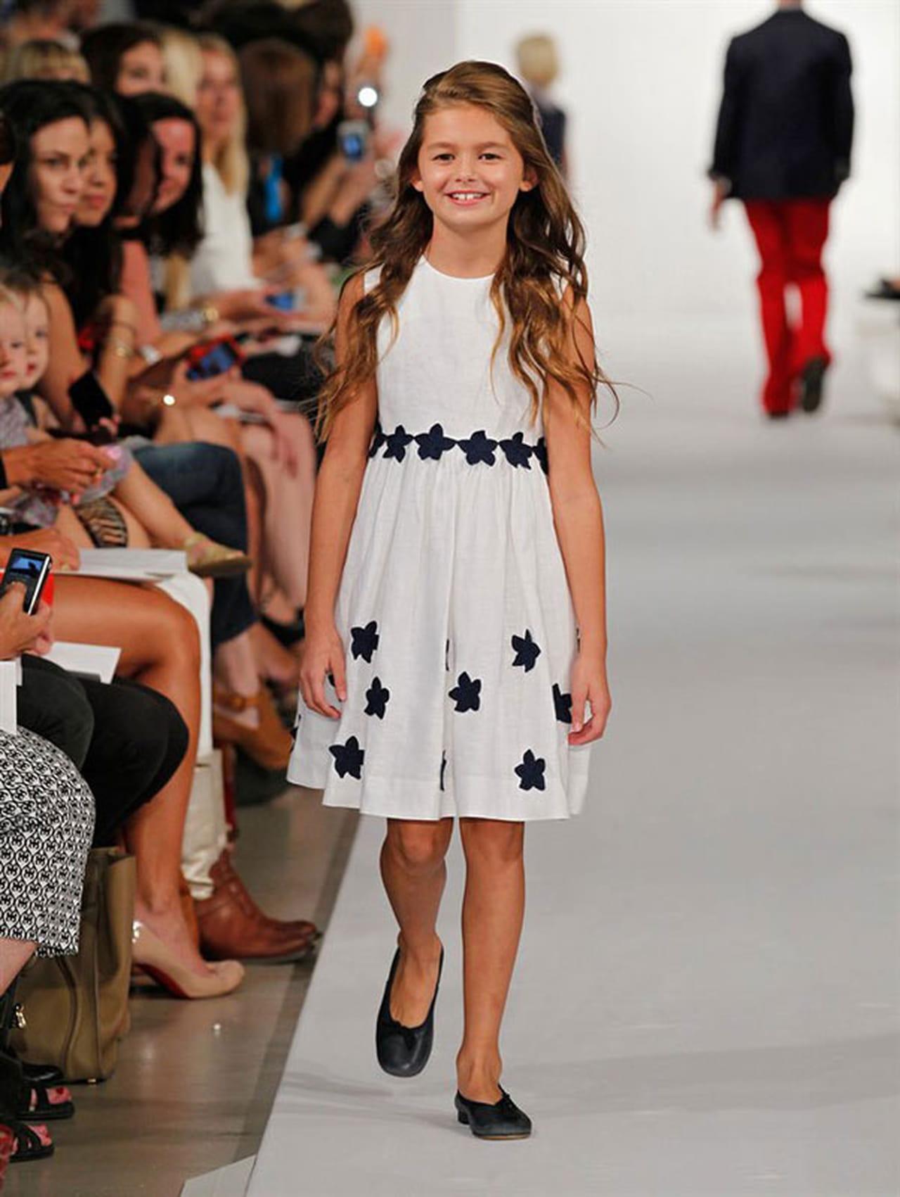 Oscar de la renta kids fashion show 63