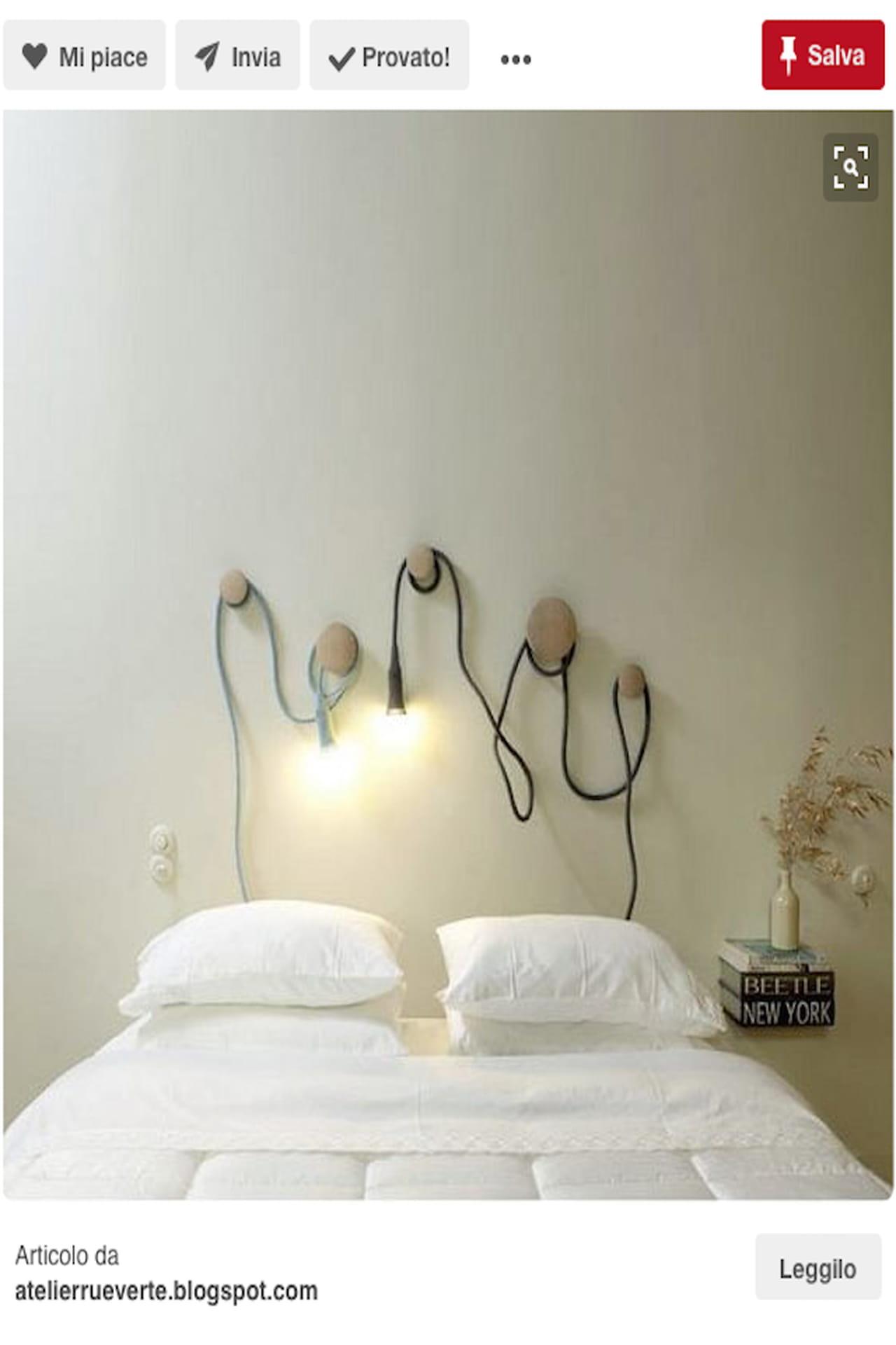 Come fare una testata del letto in legno design casa creativa e mobili ispiratori - Testiera letto fai da te cuscini ...