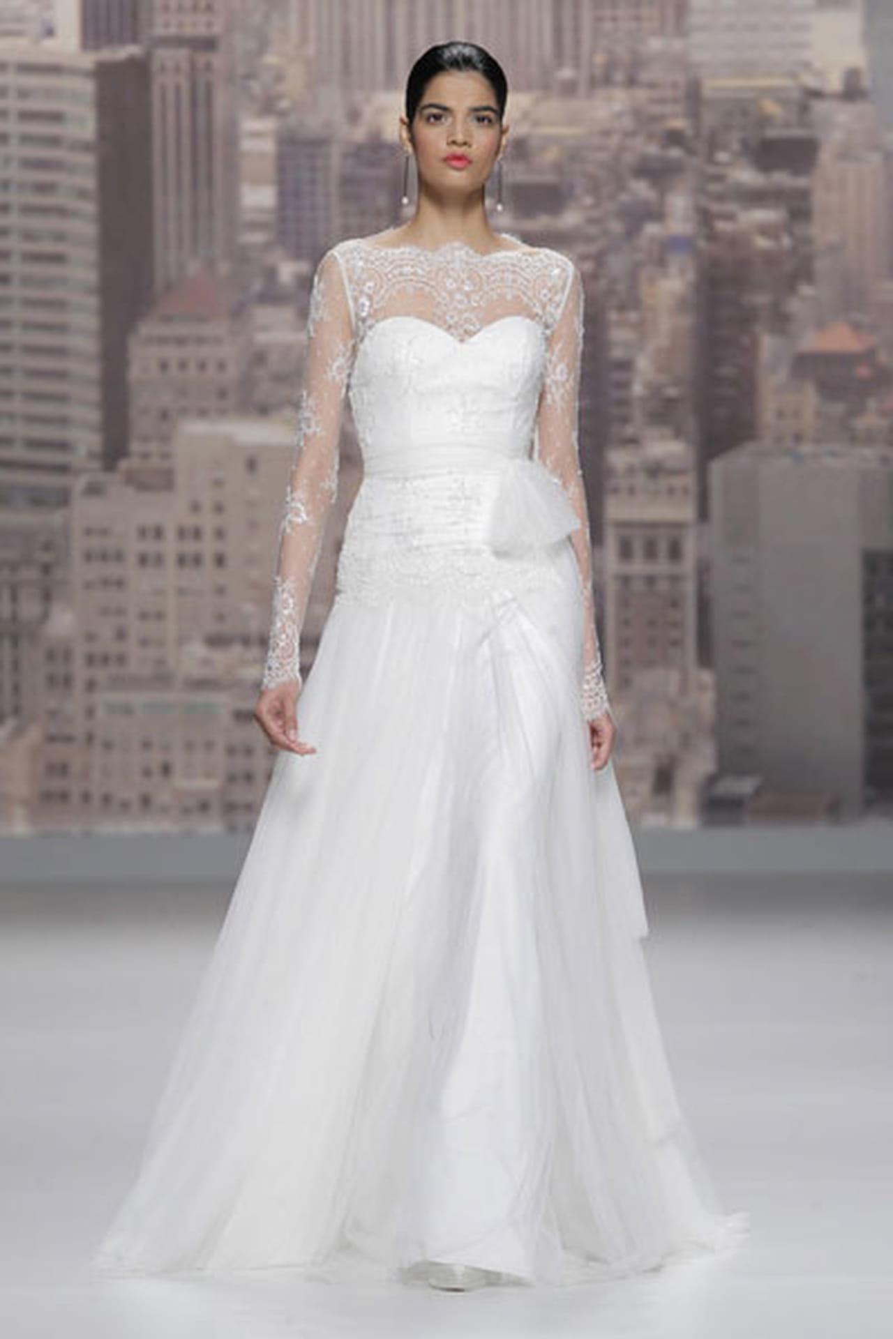 تصاميم حالمة في فساتين زفاف 820498