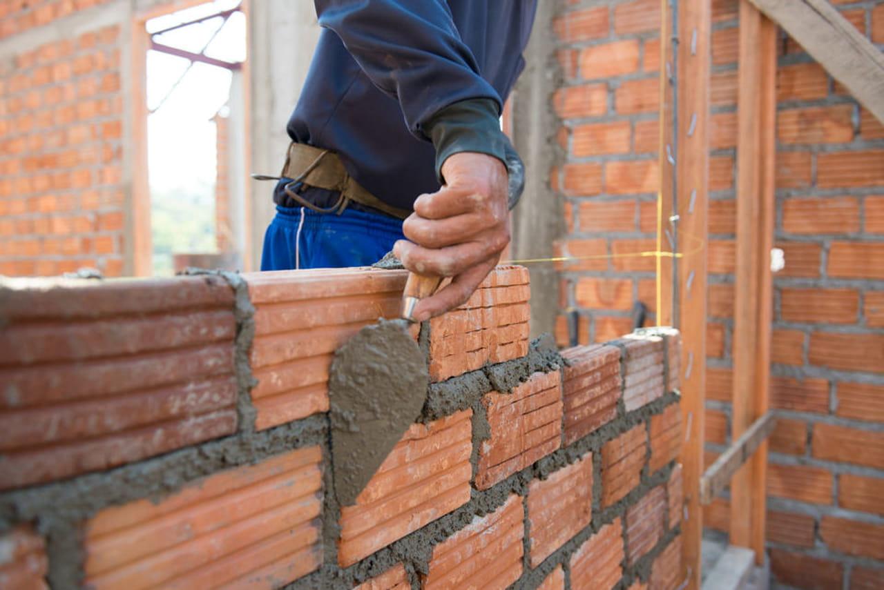 Costruire un muro in calcestruzzo for Tempo per costruire una casa