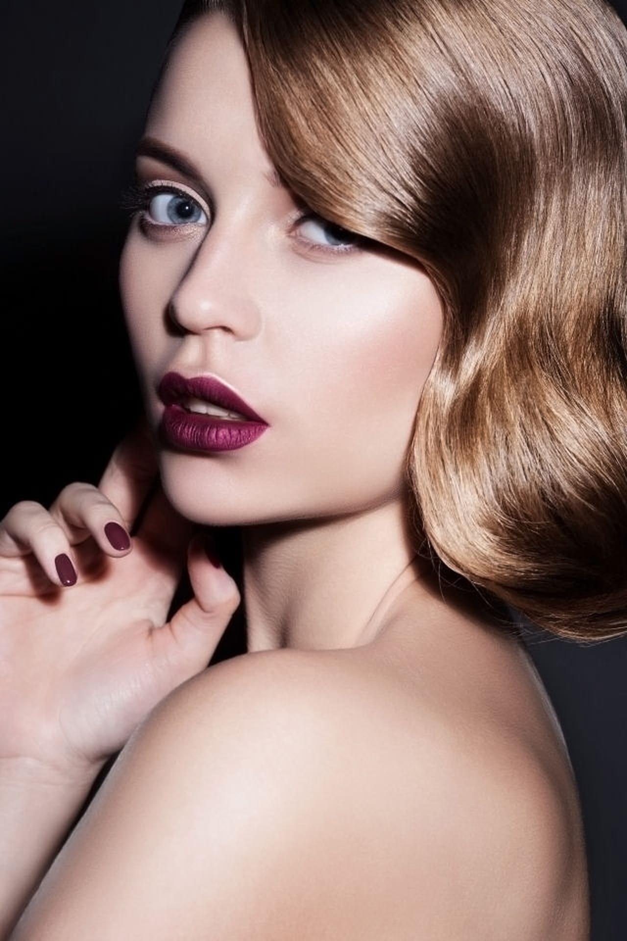 Capelli donna: l'hair contouring per ogni forma del viso