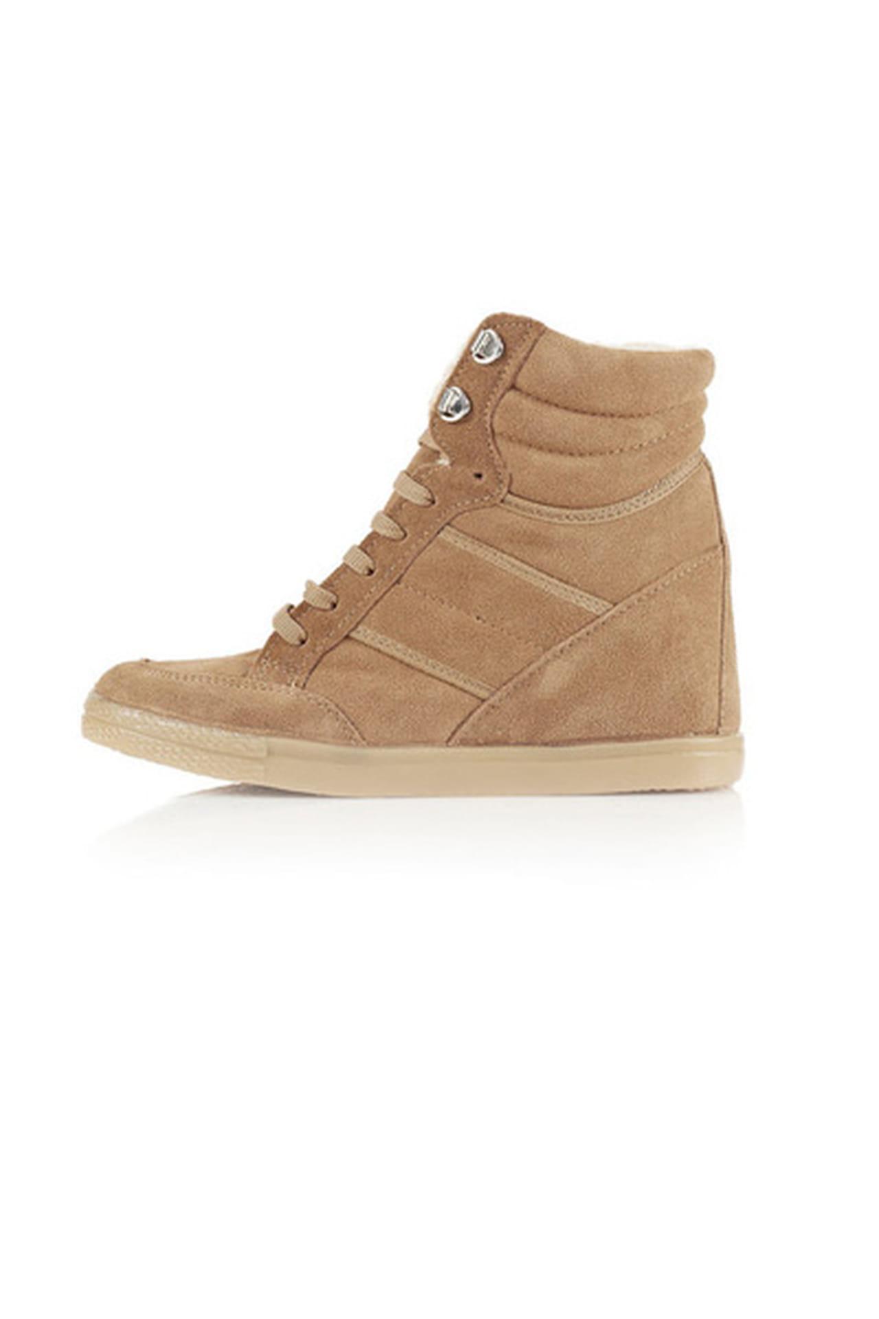 ce1513204 أحذية رياضية بكعوب عالية: صيحة عام 2013