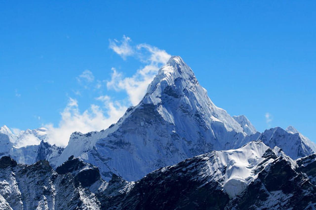 قمم وسلاسل جبلية 780297