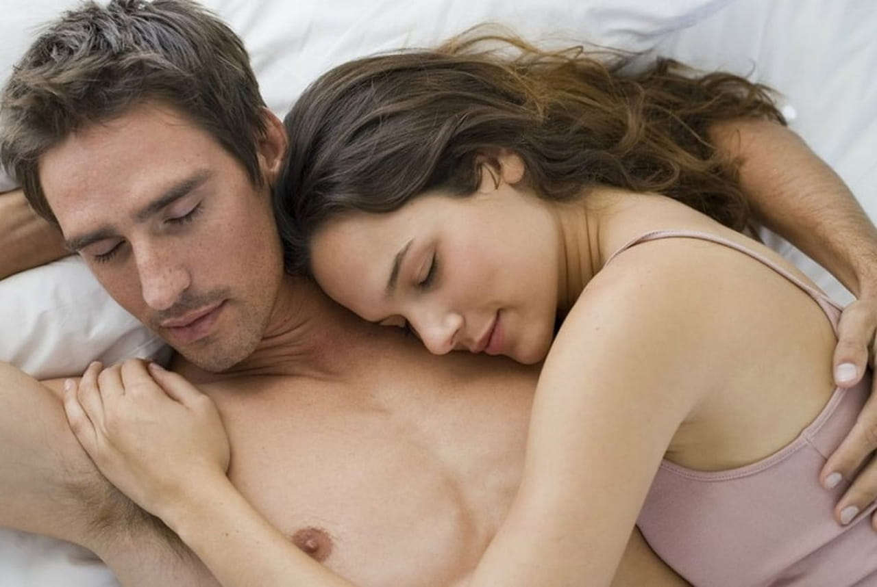 cea78ea8ae303 بين كل حين و اللآخر، قد يحتاج الزوجان إلى التجديد في علاقتهما للحفاظ على  الاثارة. فالرجل يريد أن يراكِ مثيرة دائمًا لكن قد يصعب عليكِ التنبؤ بما  يحتاجه ...