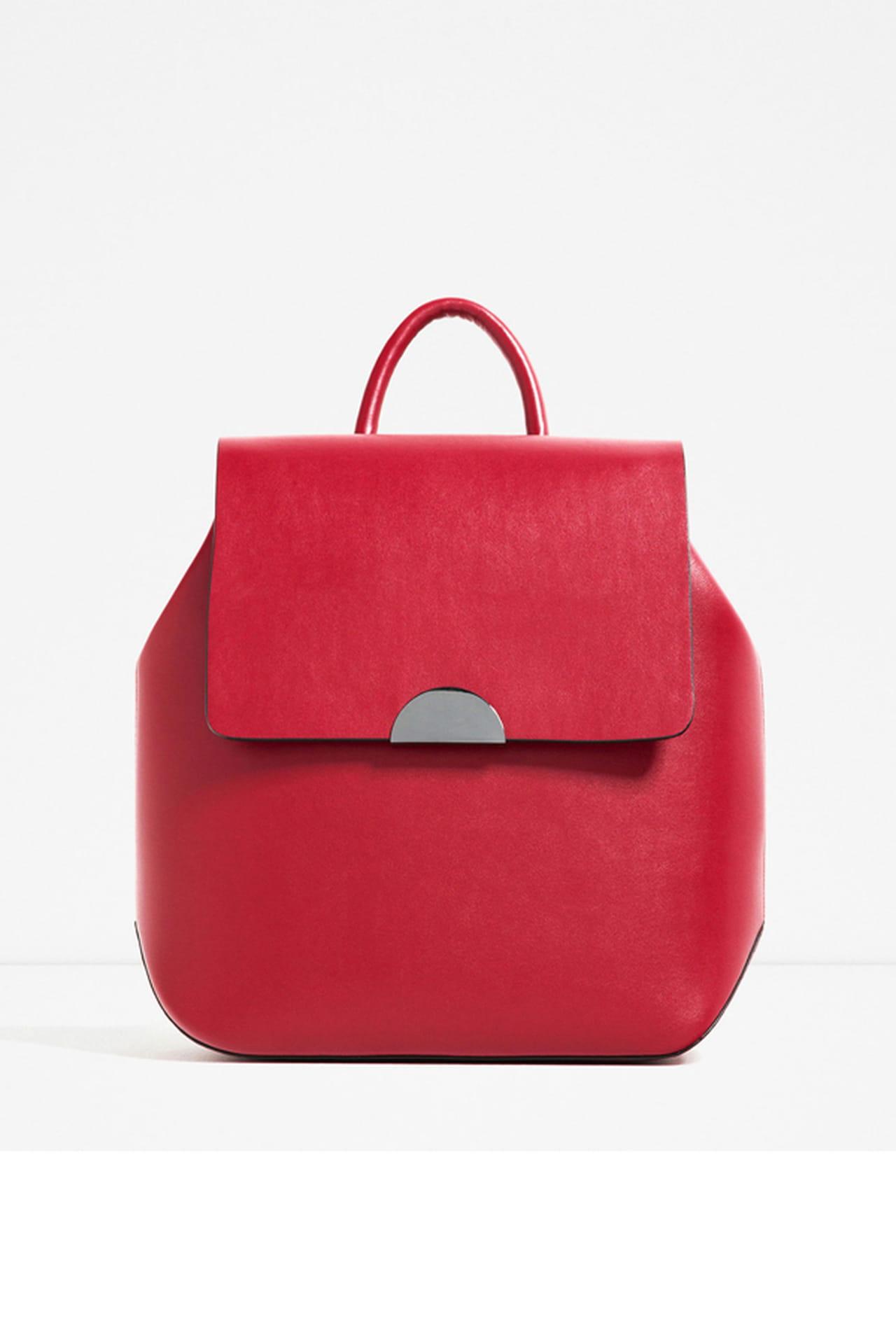 شنط الـ Backpack موضة الصيف 1199112.jpg