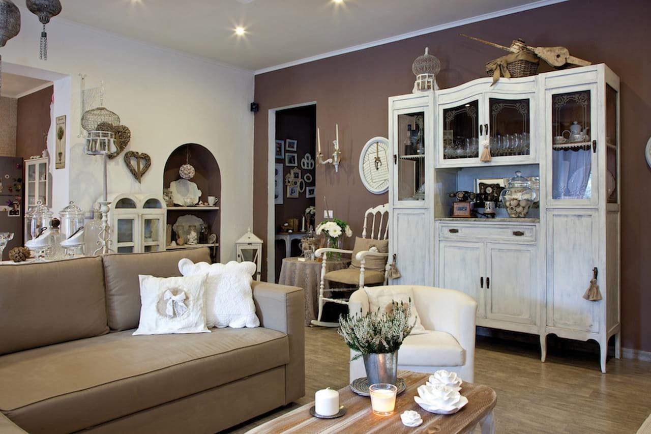Stile provenzale naturale e chic for Mobili bianchi stile provenzale