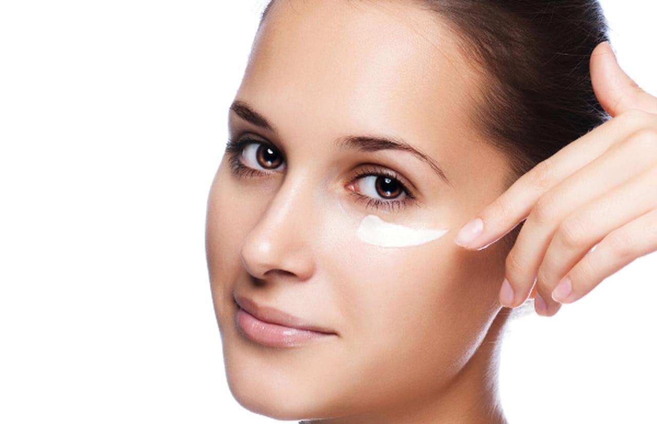 Убираем морщины под глазами в домашних условиях более эффективнее