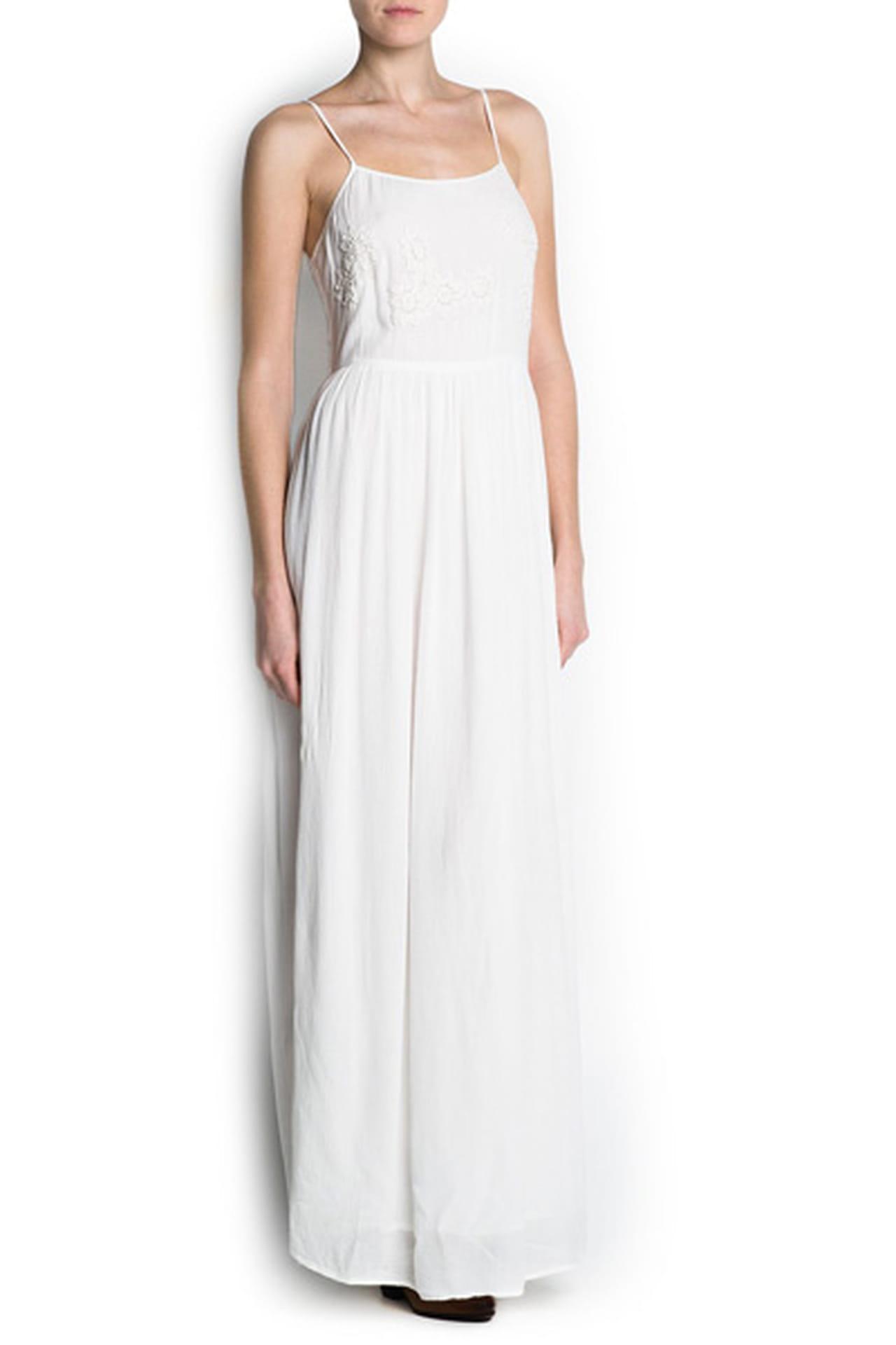 0ddab3fc7c03b فستان أبيض طويل من Mango. فستان أبيض من Mango. من موضة صيف 2013