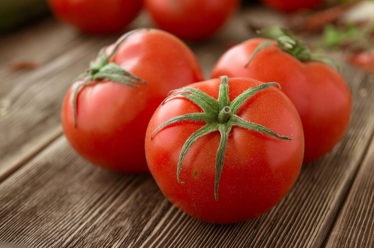 فوائد عصير الطماطم لن تتوقعيها