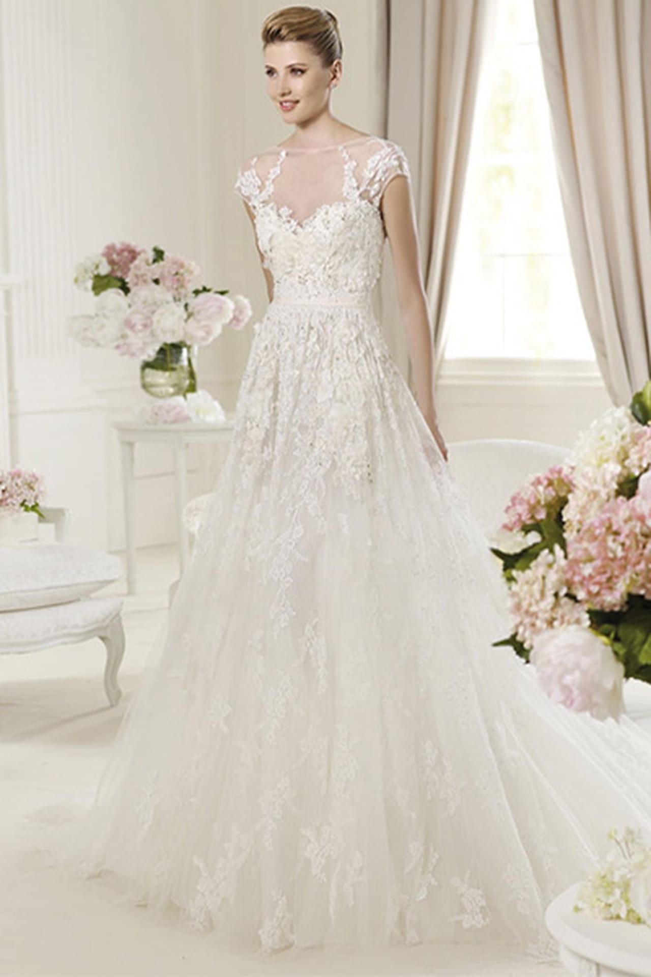 397493eb7 مجموعة فساتين الزفاف من ايلي صعب 2014