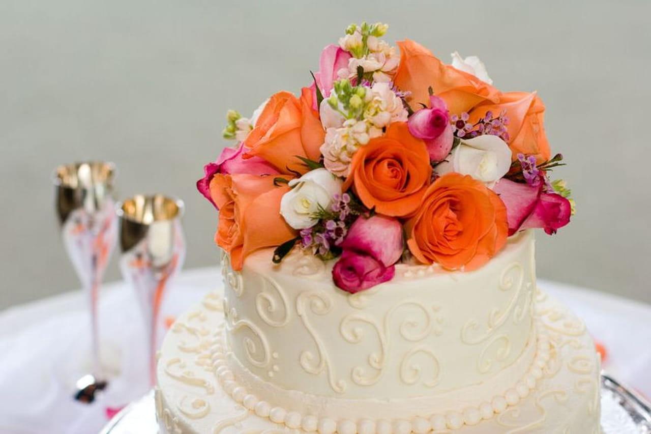 Flower cake la bellezza delle decorazioni floreali per torte for Arte delle torte clementoni