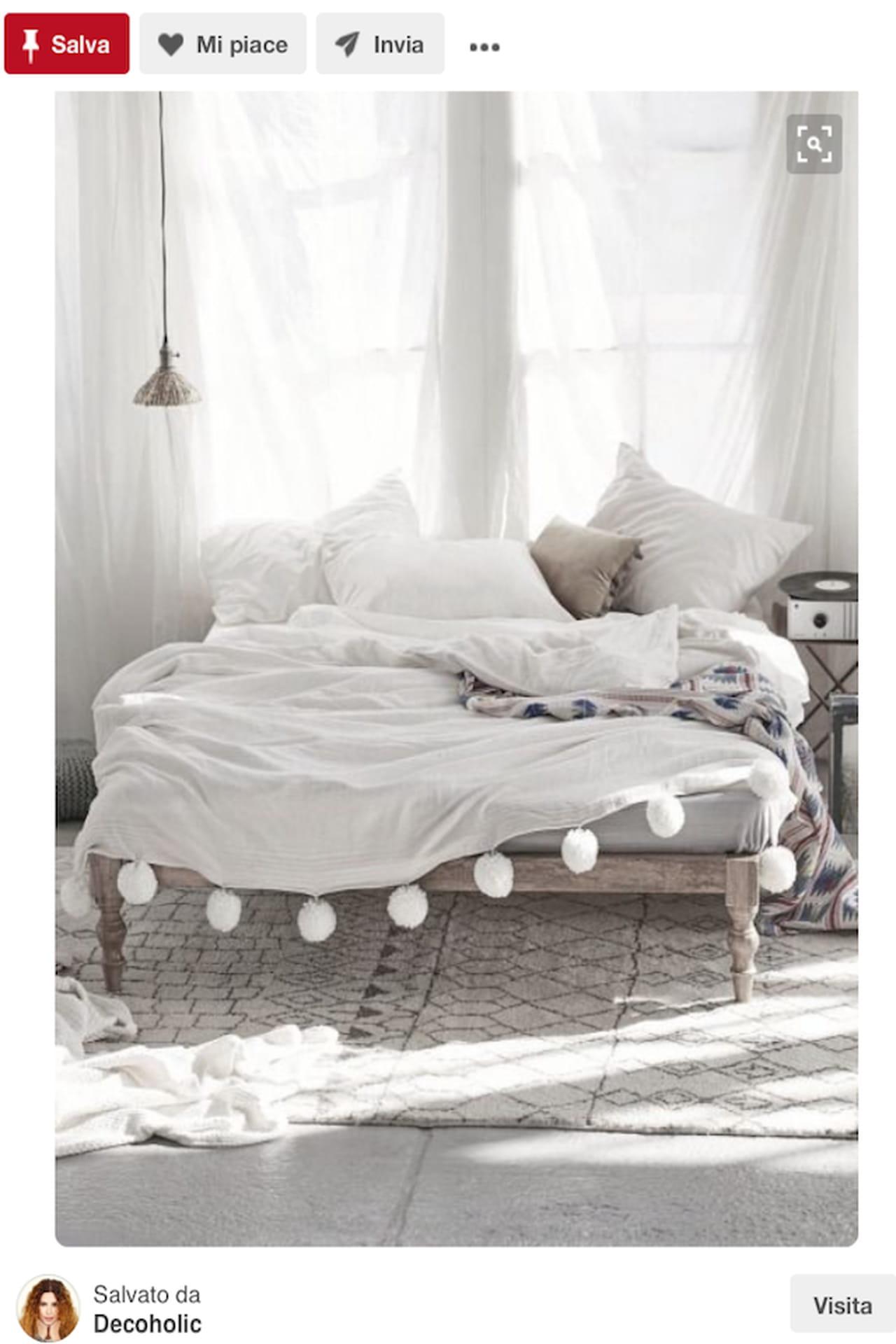 Testiera letto fai da te imbottita di legno idee da for Testiere letto a cuscino