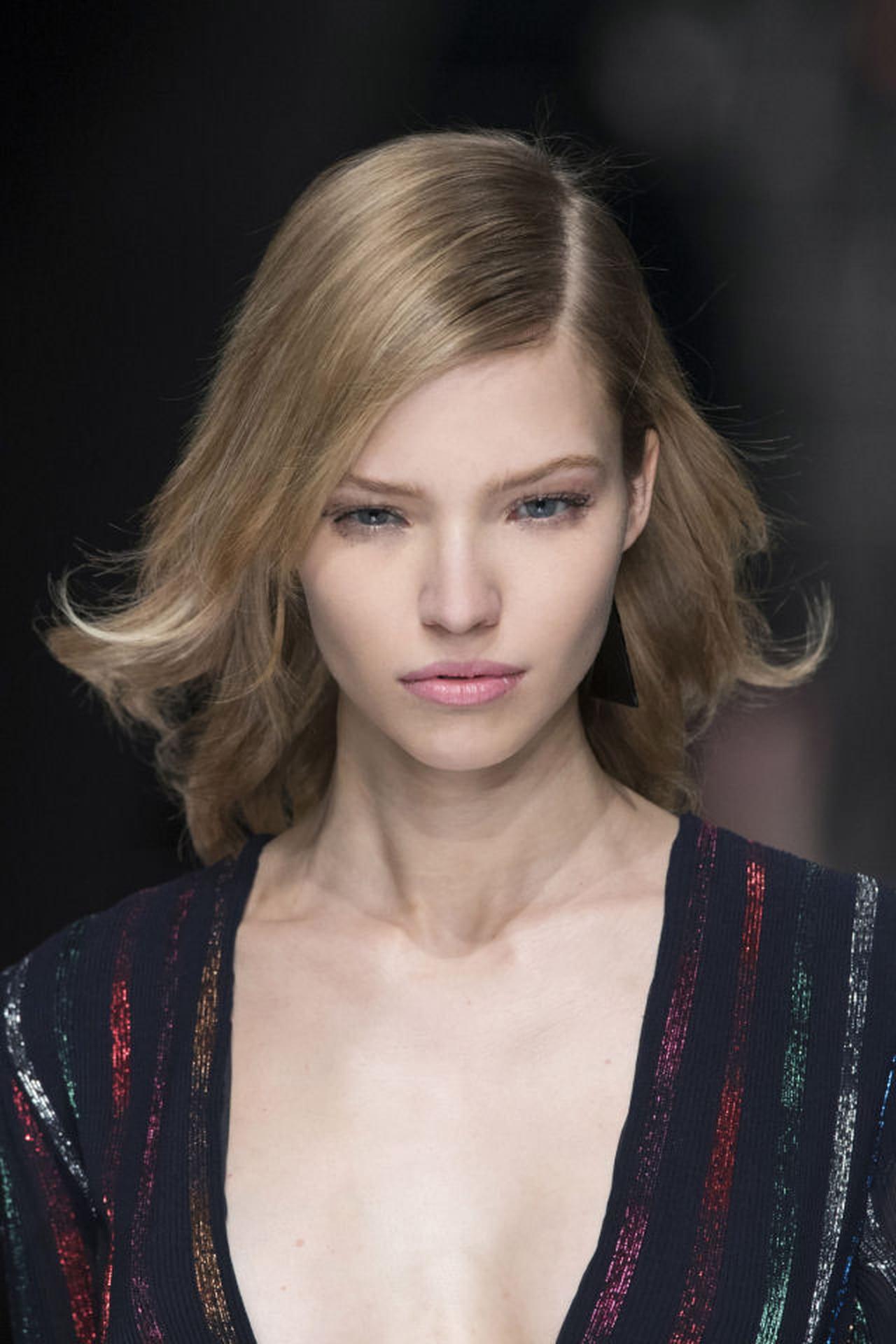 Ben noto Acconciature capelli medi: idee semplici da realizzare GF02