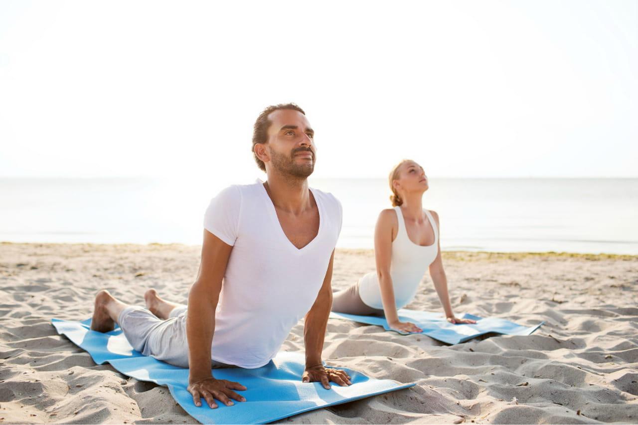 Favorito Yoga Challenge in due: posizioni da fare in coppia UR28