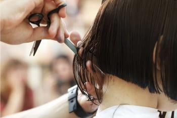 Taglio capelli donna: le app per scegliere quello giusto