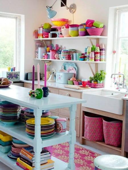 ديكورات المطبخ في موسم الربيع والصيف بألوان السعادة 817565.jpg