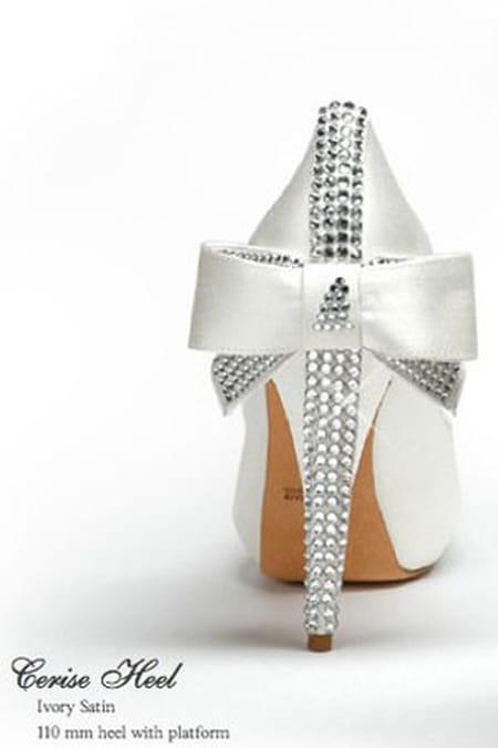 أحذية حريمى كعب عالى فاشون 2014 أشيك مجموعة أحذية حريمى كعب عالى فاشون 2014 713651.jpg