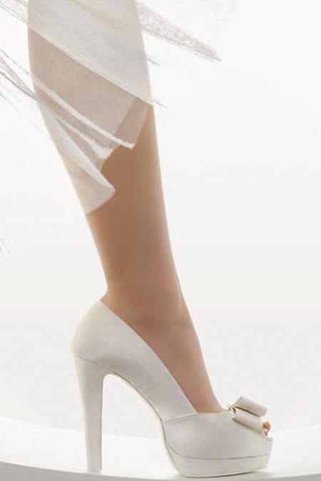 أحذية حريمى كعب عالى فاشون 2014 أشيك مجموعة أحذية حريمى كعب عالى فاشون 2014 713658.jpg