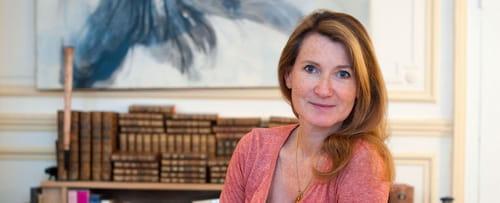 Interview. Ève de Castro : Un regard différent sur la fin de Louis XIV