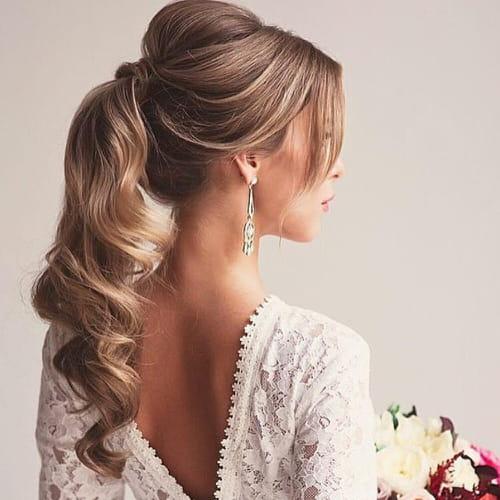 Acconciature capelli medi per matrimonio