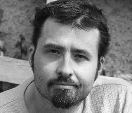 Dix bonnes raisons de ne pas lire « Dans la peau d'une autre » de Johan Heliot