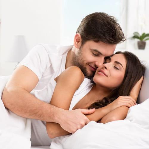 Coccole a letto quelle del mattino sono le migliori - Cosa preferiscono le donne a letto ...