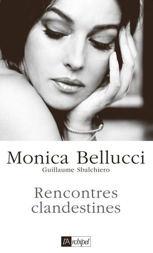 Monica Bellucci, sur le divan