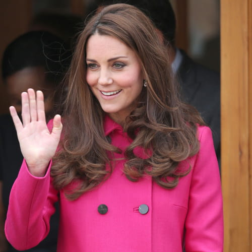 Matrimonio Gipsy Hill : Kate middleton in fucsia all ultimo impegno ufficiale