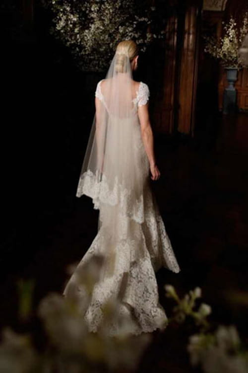 جديد اتجاهات الموضة و طرحة الزفاف لعروس ربيع وصيف 2014