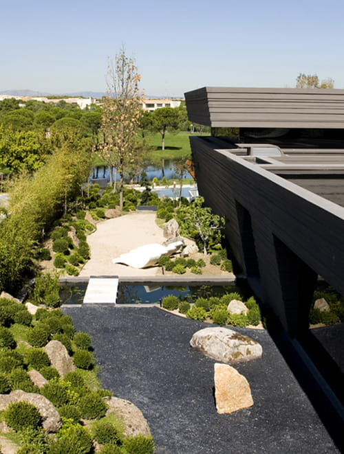 منزل نجم ريال مدريد كريستيانو رونالدو والفخامة بلمسة أسبانية 826060.jpg