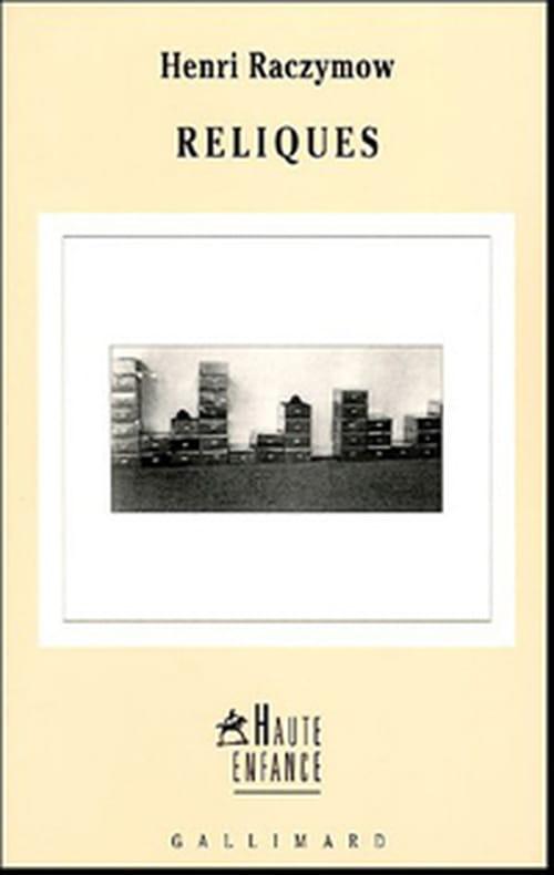 Reliques, Henri Raczymow poursuit son introspection et feuillette l'album de famille
