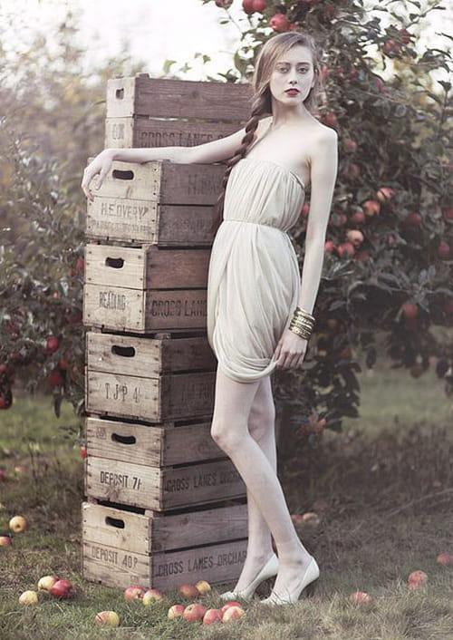 Eleanor Hardwick à l'ombre des jeunes filles en fleurs