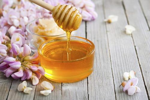 ملعقة من العسل في الصباح تقضي على الكحة وتعالج القلق