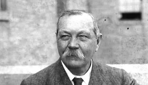 Arthur Conan Doyle : Biographie