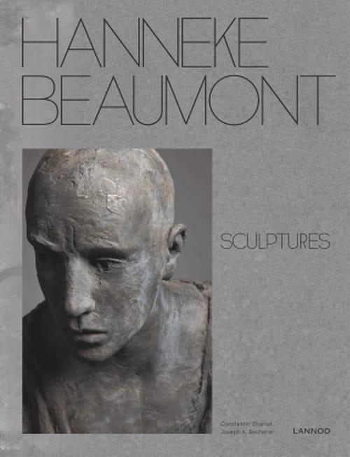 Les sculptures de Hanneke Beaumont, le calme et l'attente