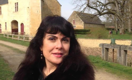 Interview. Fabienne Leloup : « Être artiste, c'est apprécier l'étrange et reconnaître le singulier »