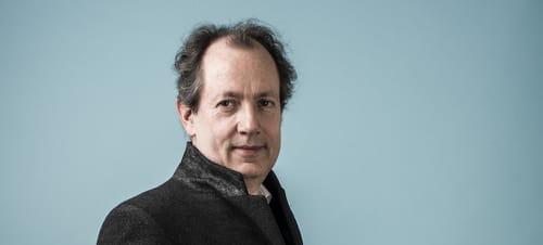 Jean-René Van der Plaetsen. Extrait de: La Nostalgie de l'honneur (Prix Interallié 2017)