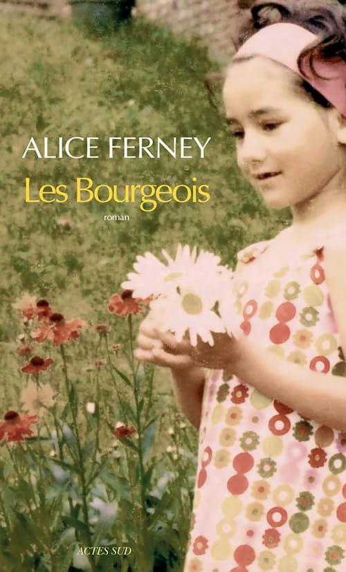 Les Bourgeois : un siècle de petits riens familiaux confrontés aux grands drames de l'histoire.
