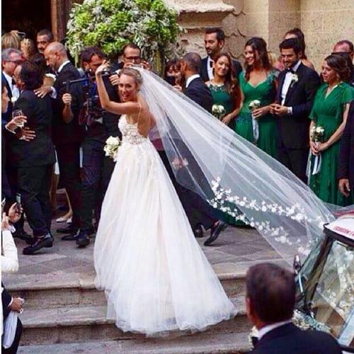 Semplicemente gli abiti da sposa 2020 più belli! - Pinterest