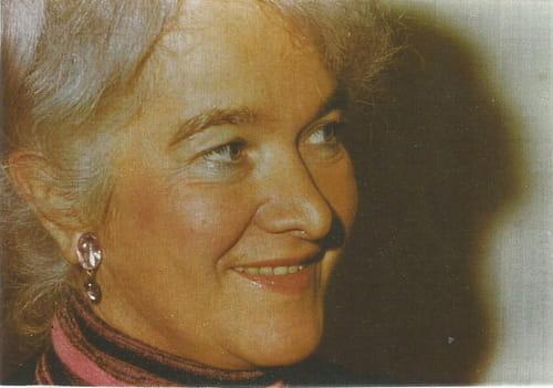 Lucienne Desnoues