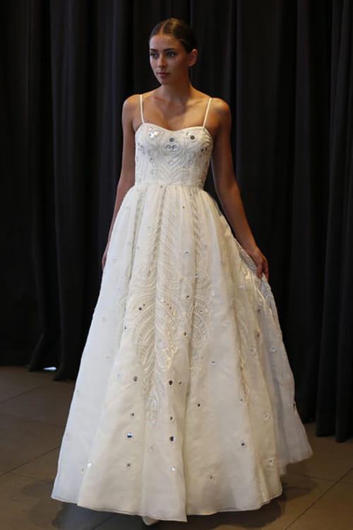 تشكيلة فساتين اعراس 2016 لموسم