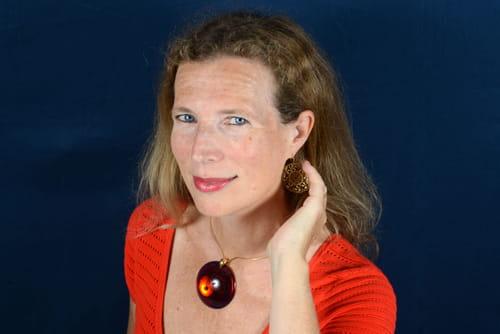 Interview. Catherine Cusset - Prix Goncourt, le Choix roumain: «Je suis très reconnaissante aux étudiants roumains d'avoir choisi mon livre»