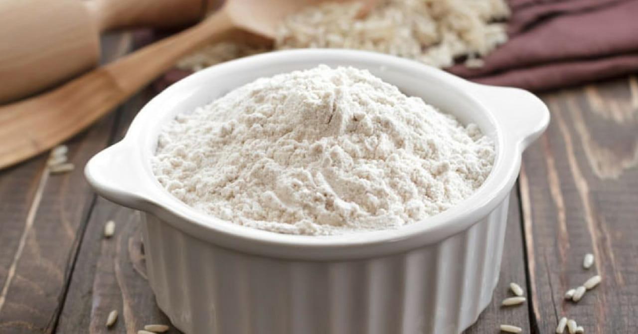 وصفات الأرز المطحون لتفتيح البشرة والشفاه قبل العيد